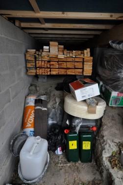 Materiallager unterm Haus 2