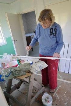 17-05-24 _ Deckenleisten streichen