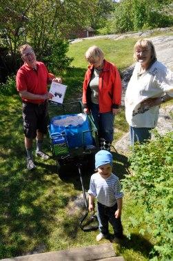 17-06-15 _ Besuch mit Leiterwagen